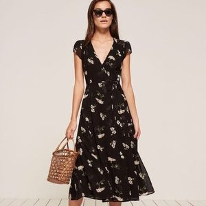 Reformation • Carina Wrap Dress in Ophelia Print